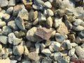 опилки,  шлак,  гравий,  бутовый камень